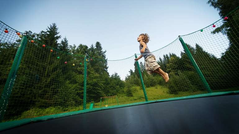 How to buy the right trampoline? – Tips