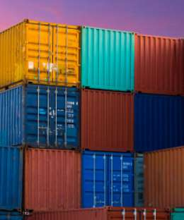What are the different kinds of containers are used for shipping?