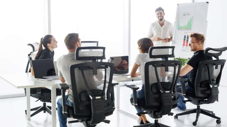 The Great Help of Executive Chairs  in the Home and Office