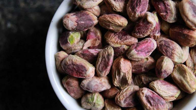 All about macadamia nuts
