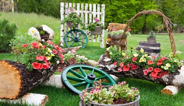 LAWN DECORATIVE ITEMS AND ITS COLLECTION