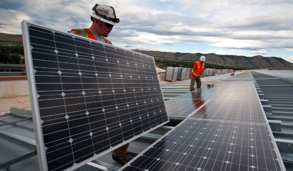 Benefits of Using The Commercial Solar Panels