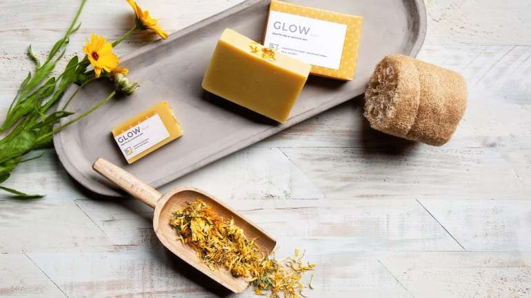 A Beginner's Guide of making natural soap in less than 5 minutes
