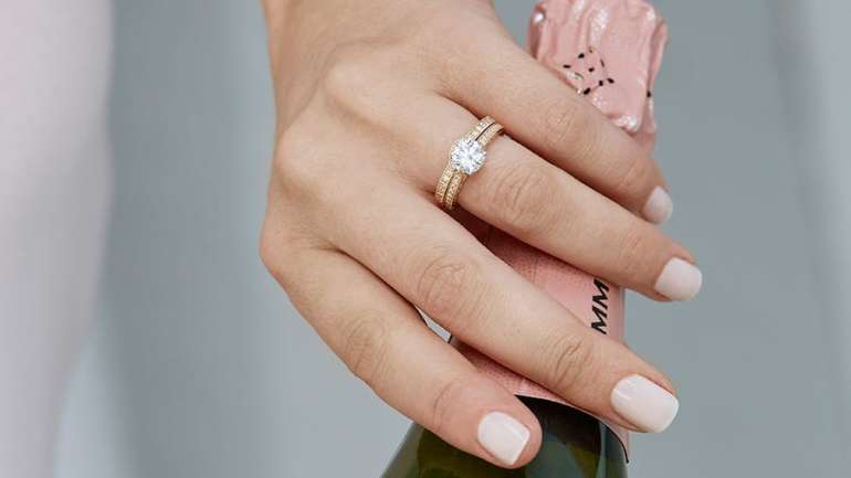 Worried About Buying A Diamond Ring For Engagement?